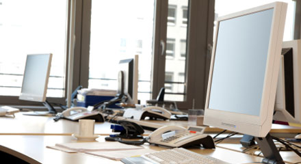 7 Ways to Get Your Desk Clean and Keep It That Way!